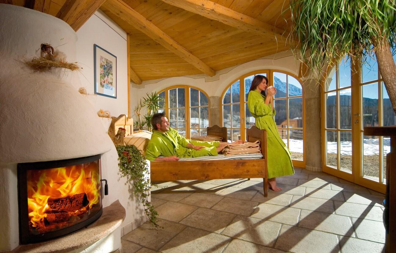 Bagno Turco Quadro : Alpine wellness familotel obereggen in alto adige